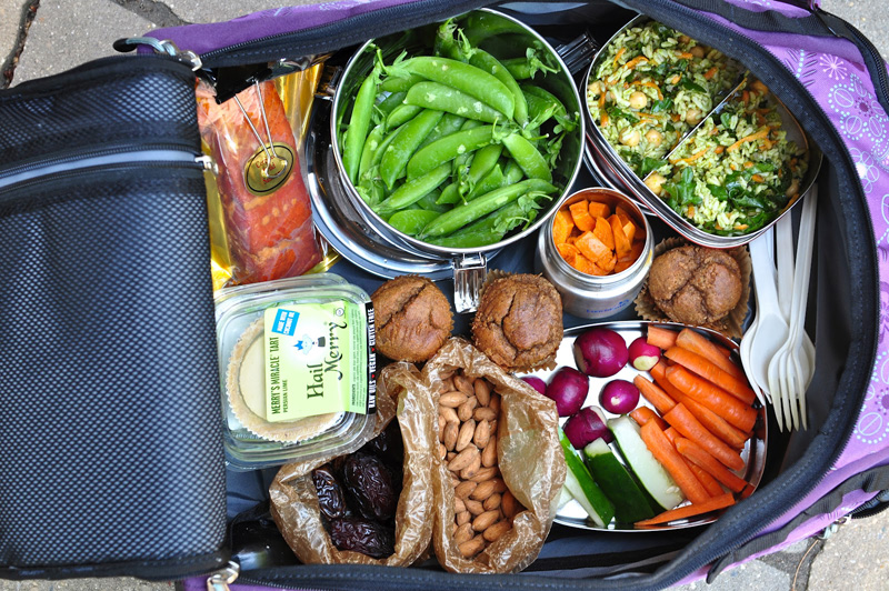healthy-food-for-travel